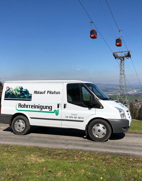 Einsatzbus der Ablauf Pilatus Rohrreinigung GmbH